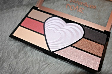 Love the Revolution palette